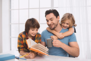 young father having family time with his children, for the best parenting time lawyer in Chicago contact our divorce law office.