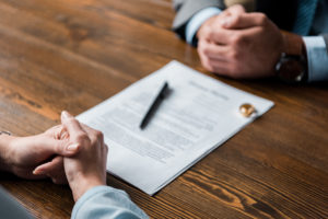 two people getting a divorce representing how our Oak Brook divorce lawyers can help you start the divorce process